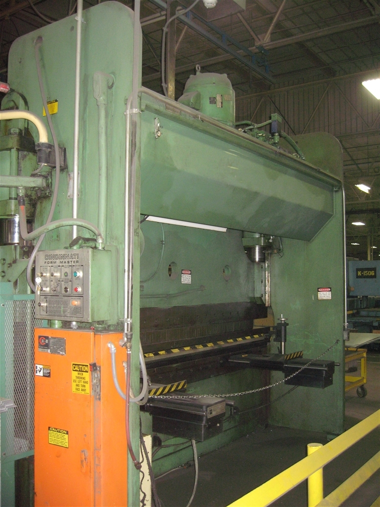 230 Ton X 12 Cincinnati Hydraulic Press Brake Stock 57269