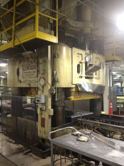 5000 Ton Lake Erie Hydraulic Rubber Pad Forming Press