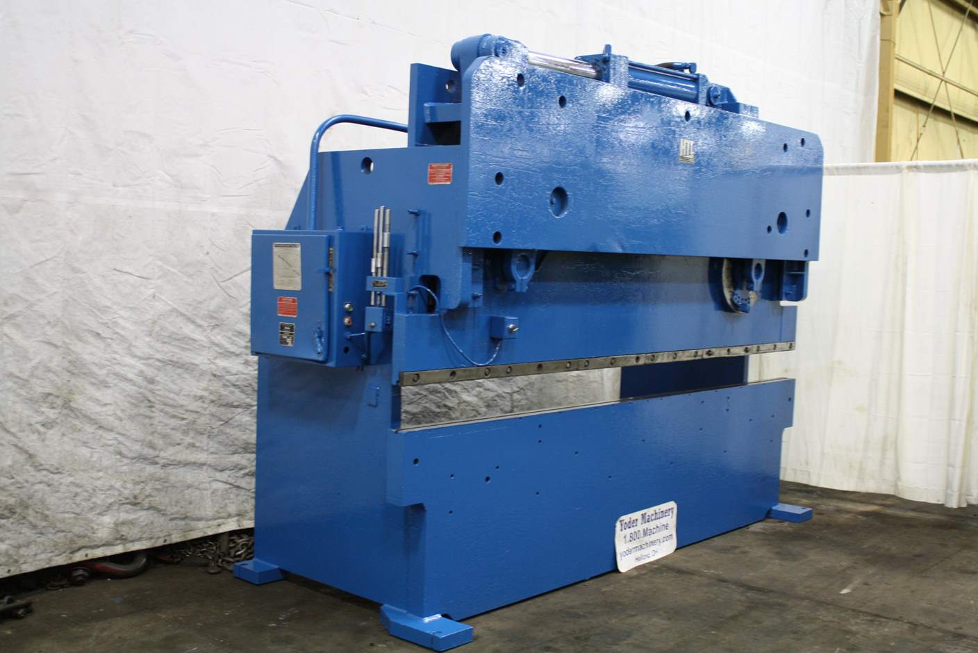 Used Press Brakes For Sale - 155 TON X 12 HTC HYDRAULIC PRESS BRAKE
