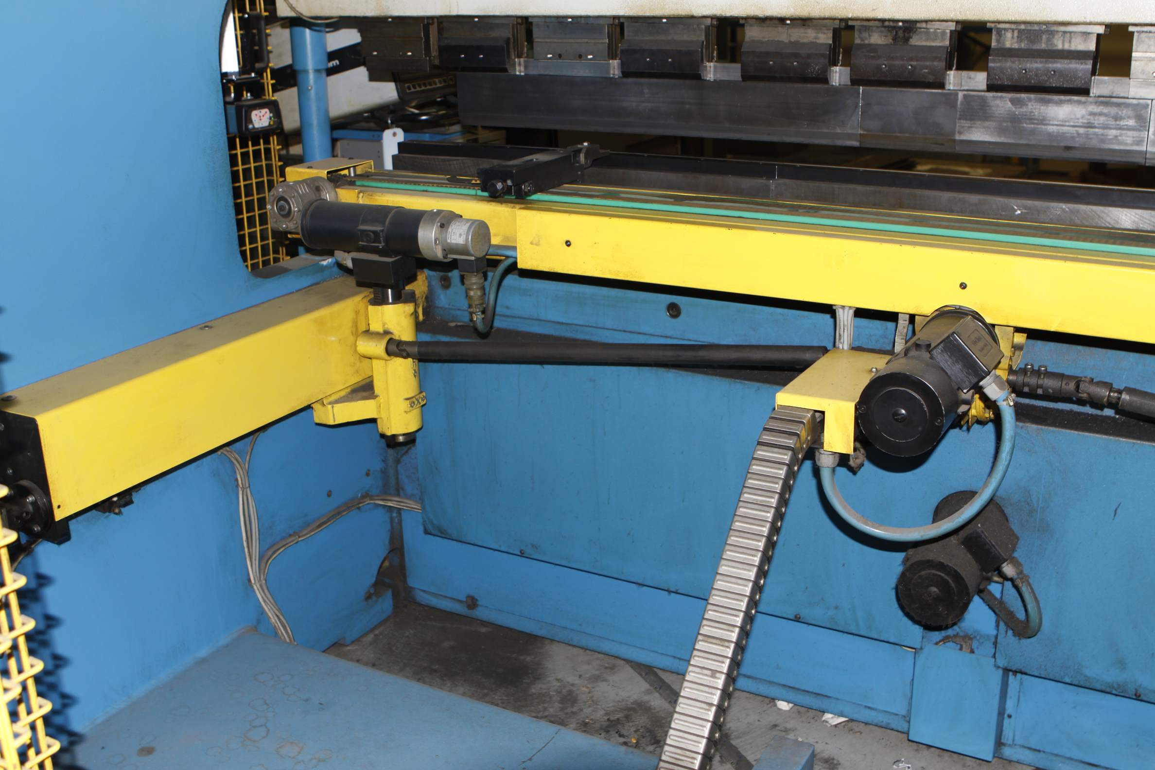 How Often Should You Change Your Brakes >> 165 TON X 10' GASPRINI 6 AXIS MODEL PBS165-3000 HYDRAULIC